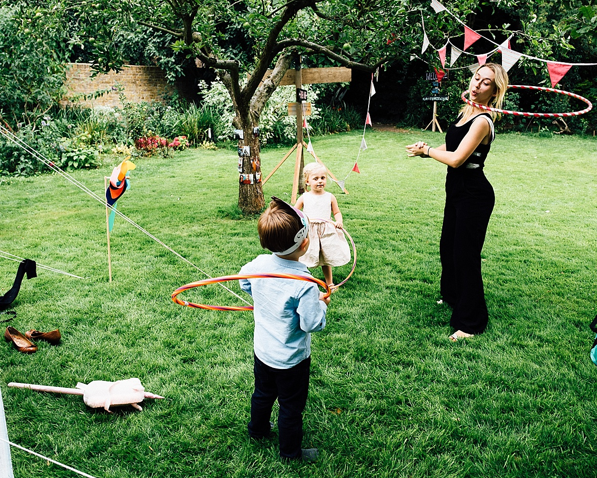 fun wedding photography childrens entertainer the little top