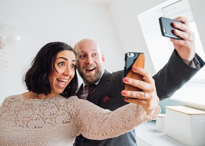 london elopement photographer couple taking selfie