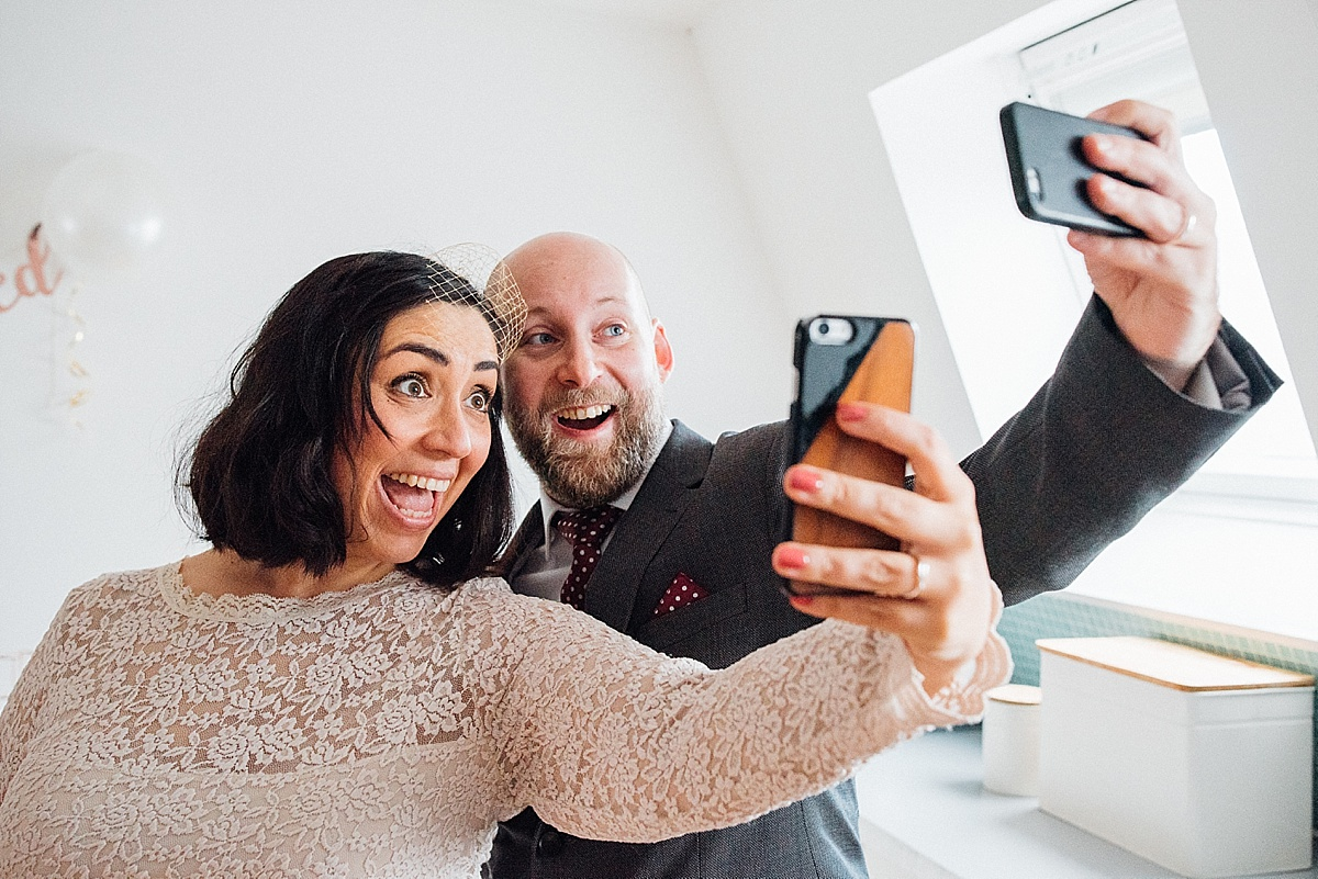 london elopement photographer couple taking selfie