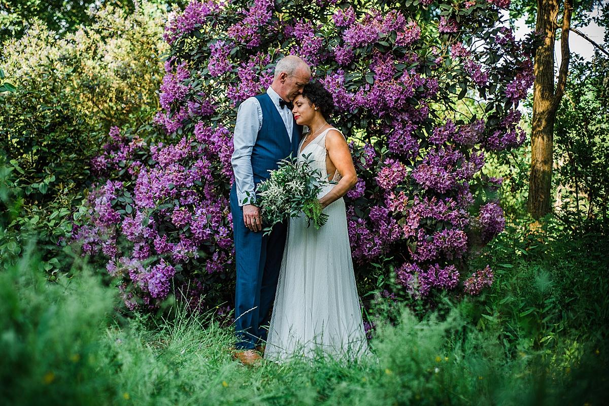 relaxed fun wedding photographer
