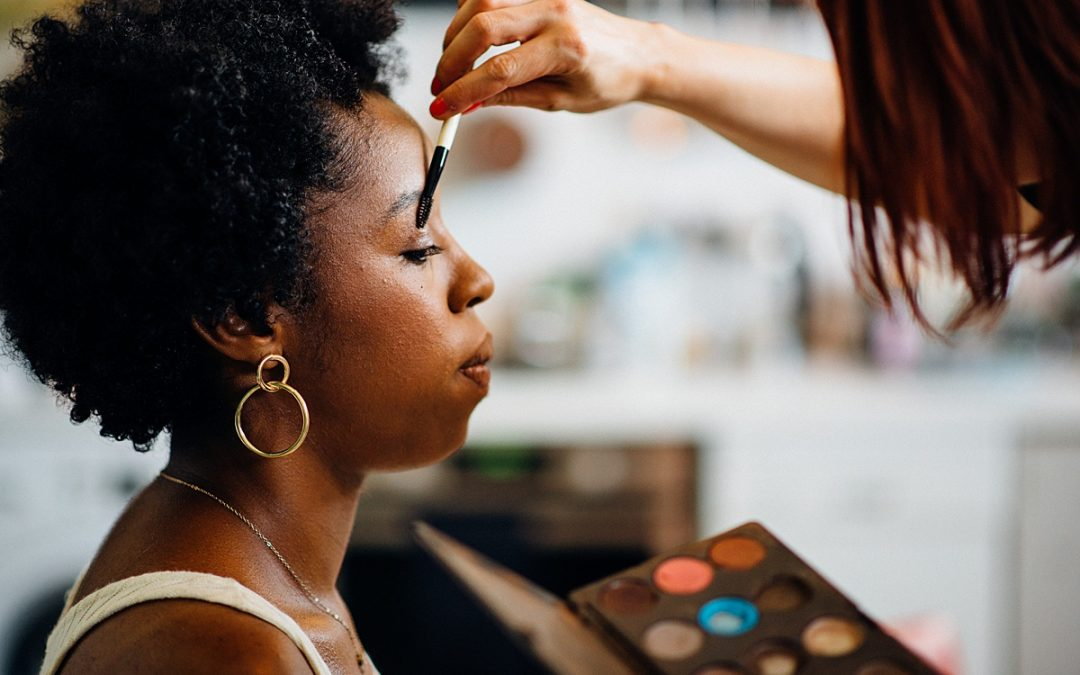 How to find the perfect wedding hair and make up artist