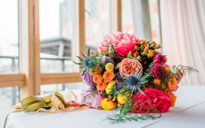How to find and book a wedding florist