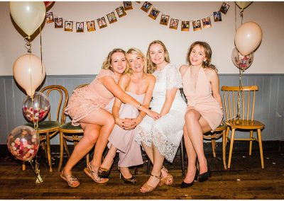 brides-and-bridesmaids-crooked-well-wedding-Parrot-and-Pineapple-Wedding-Photography