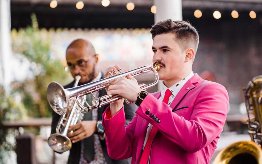How to find and book your wedding entertainment