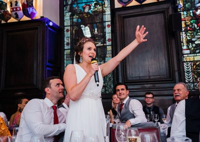 bride gives wedding speech at stationers hall in london